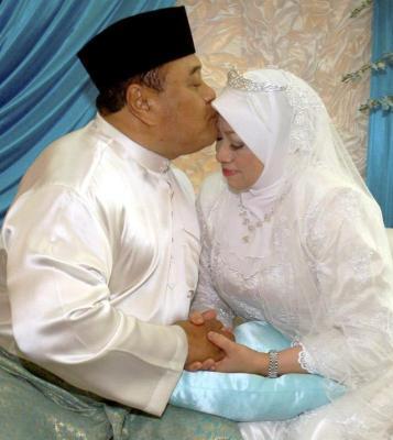 Malek Nor Kahwin
