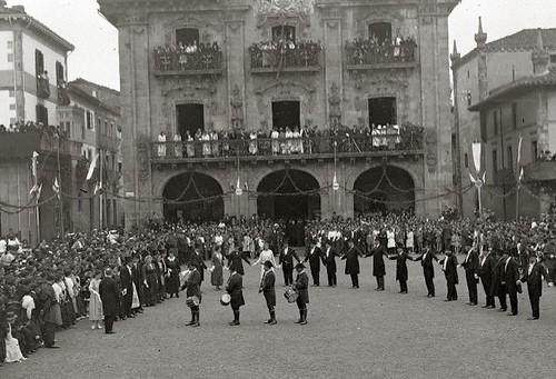 1918_Onati-aurresku-honor-I-Congreso-Estudios-Vascos-rek