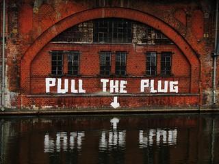PULL-THE-PLUG