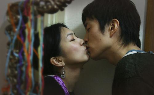 webdice_seesaw_kiss_last