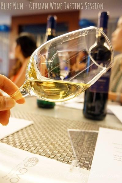 BLue Nun wine tasting - German wines-001 Rivaner