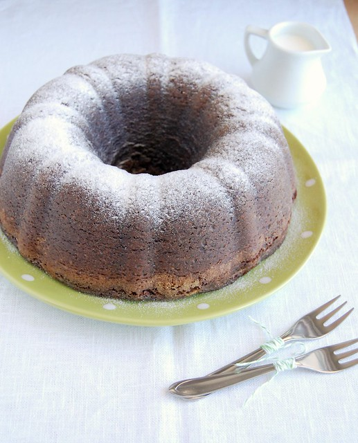 How Long Almond Cake Can Be Kept
