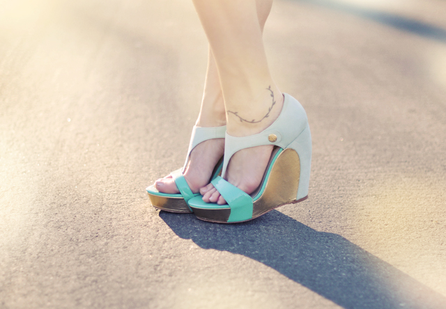 mint  and  gold  shoes  wedge  platforms