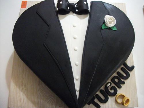 nişan pastası smokin