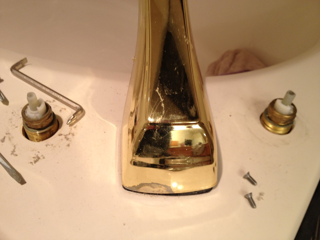 replace roman tub faucet. How Do I Remove This Roman Tub Spout  Plumbing DIY Home Improvement DIYChatroom