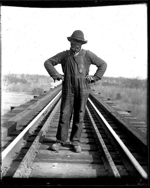 """Uncle John"" Redd the bridge watchman in 1914."
