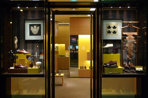 les cabinets de curiosit s de john lobb le journal des vitrines. Black Bedroom Furniture Sets. Home Design Ideas