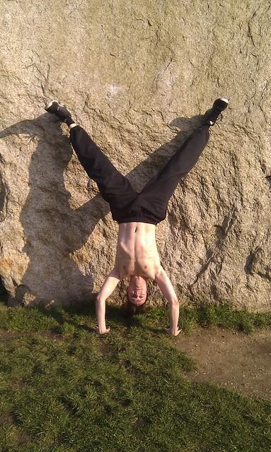 Handstand straddle