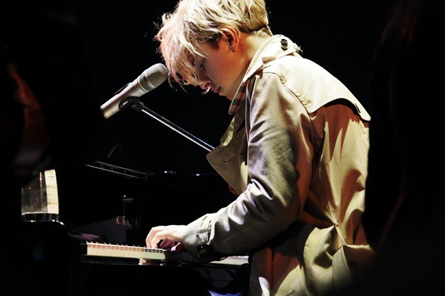 4 - Burberry World Live - Taipei_Tom ODell