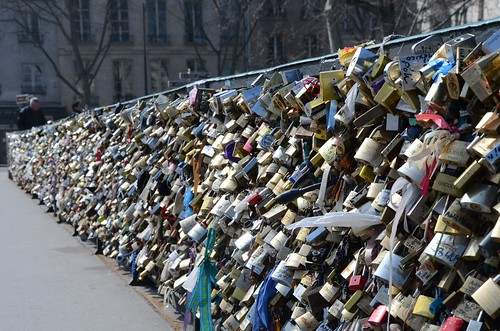Lock your love and throw away the key. Pont de L'Archeveche, Paris