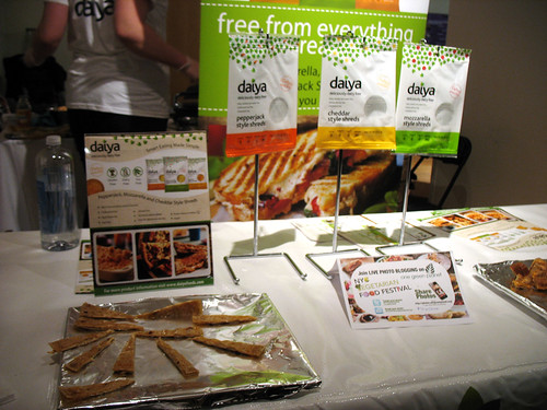 2012vegfest_photo_03