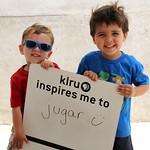 KLRU inspires me to ... jugar (play)
