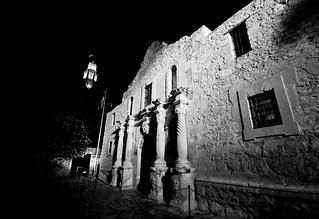 Alamo at night (B&W)