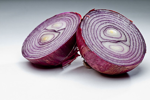 Red Onion  by petetaylor
