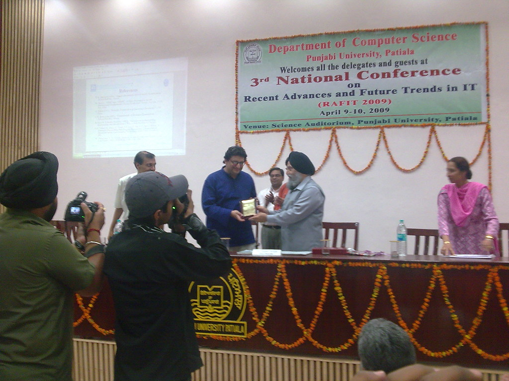 Dr. Jaspal Singh, Vice-Chancellor, Punjabi University, Patiala, with Niyam Bhushan