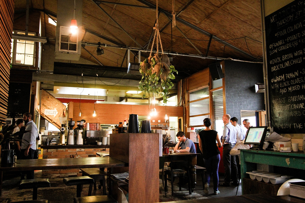 Melbourne Cafes: Auction Room