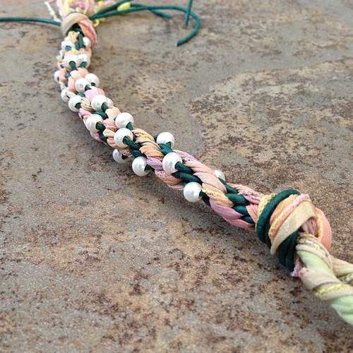 how to finish a kumihimo bracelet