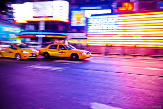 Who is the fastest cab of New York City (NYC)?... Taxi jaune de la Big Apple, qui est le plus rapide?