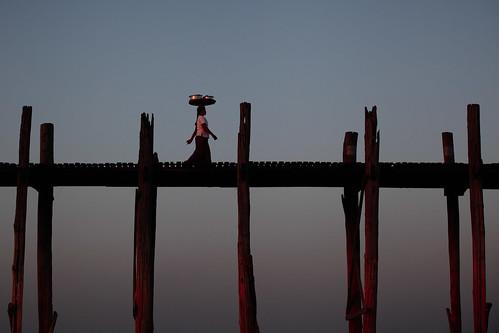travel bridge sunset lake asia dusk burma bama getty myanmar 7020028l goldenhour gettyimages amarapura ubeinbridge ubein travelphotography taungthaman 70200f28l canon70200f28l canon7020028l myanma taungthamanlake canon5dmarkii gettyimagesonflickr myanmar2012