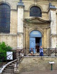 Saint-Riquier (hôtel-dieu) entrée  chapelle 2