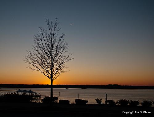 sunset water photography bay harbor pier washingtondc dock nikon wintersunset maryland ida shum d300 colorsinthesky nationalharbor alongthewater idashum idacshum