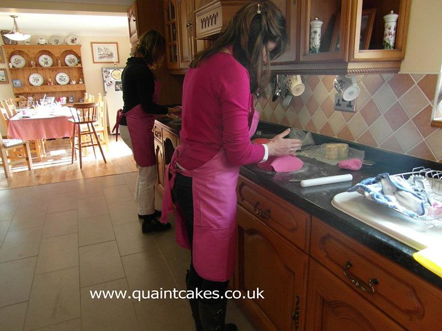 Cake Decorating Classes Dorset : Cake Decorating Classes by Quaint Cakes at Acolyte Home ...