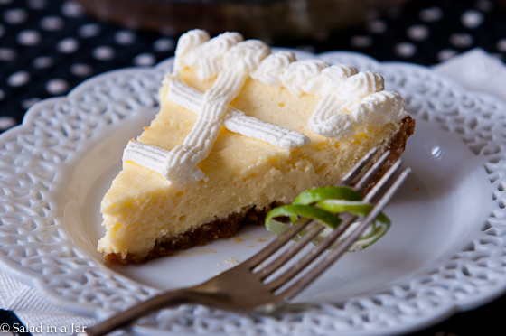 key lime pie and plastic knife experiment-34.jpg