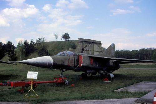 MiG23 08