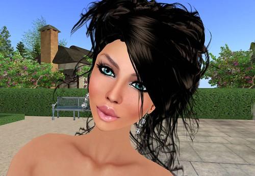 Phresh Love Game Earrings gold by Cherokeeh Asteria