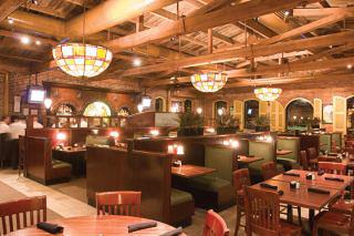 Columbus-GA-Georgia-houlihans_restaurant