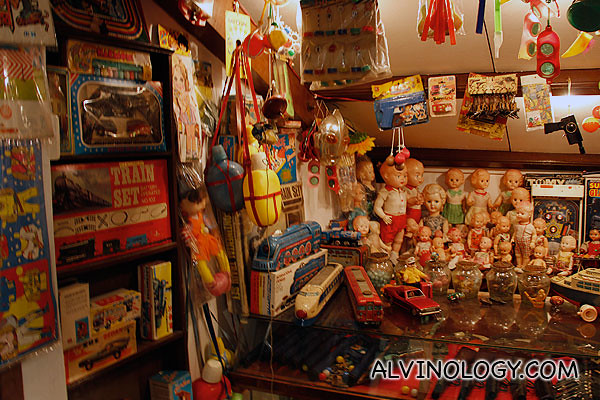 Assorted vintage toys