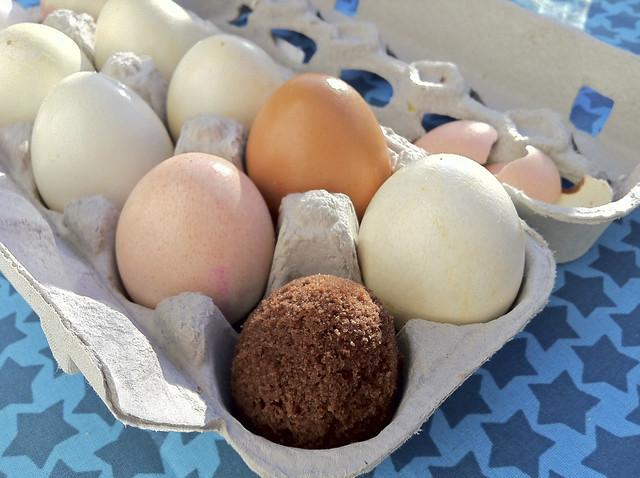 kuchen in der eierschale gebacken flickr photo sharing. Black Bedroom Furniture Sets. Home Design Ideas