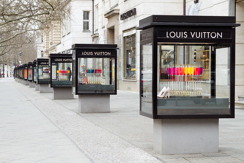 Louis Vuitton, sellin those arrows or something