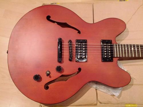 have i bought a fake epiphone dot studio ultimate guitar. Black Bedroom Furniture Sets. Home Design Ideas