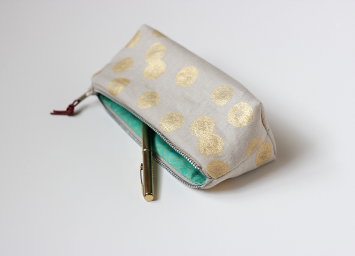 Oatmeal & Gold Small Artists Pouch