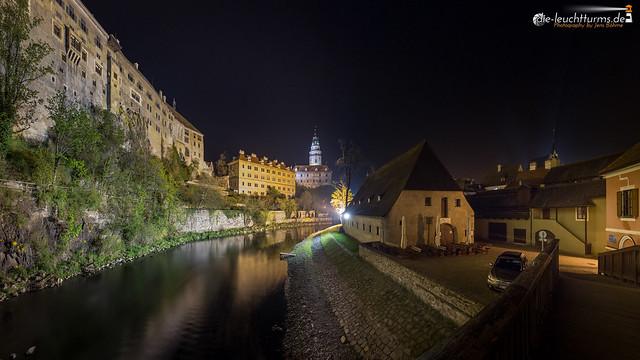 Český Krumlov castle by night