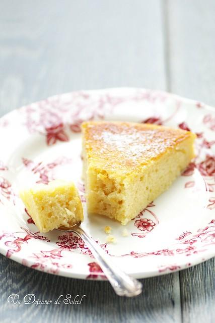 Buttermilk and lemon cake