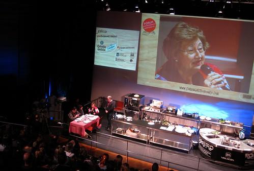 Fórum gastronómico 2012. Miguel Vila, pendente das palabras de Araceli Filgueira