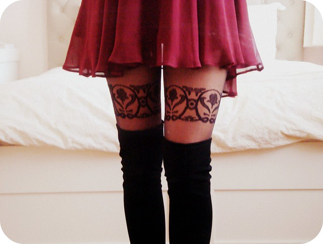 Garter-Applicué Tights