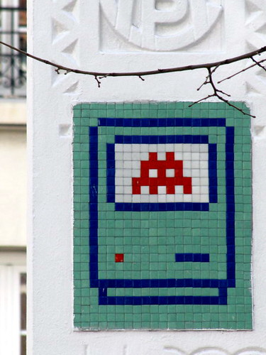 street art & graffiti Paris - Space Invader by _Kriebel_