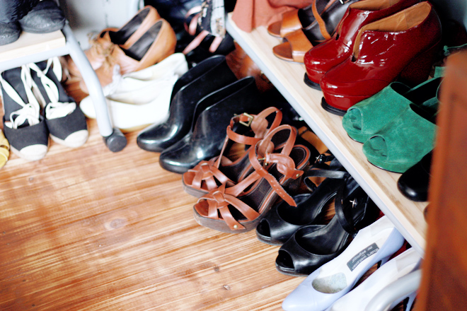 shoes storage e