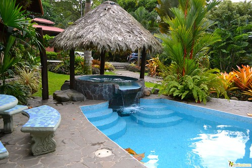 beach front budget hotel puerto viejo costa rica
