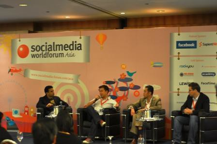 Shalabh_Pandey_Social Media World Forum_Panel