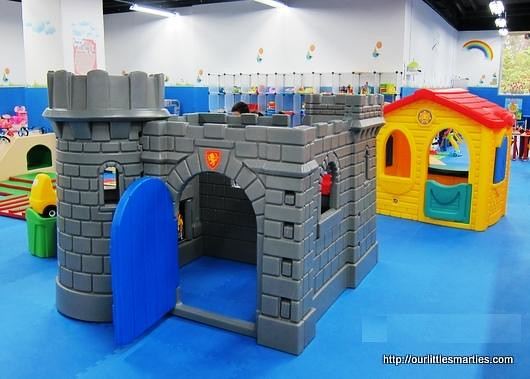 little tikes classic castle instructions