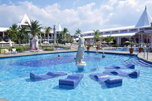 Riu S Jamaica Hotels Launch Their Jamaica 50 Promotion Holiday
