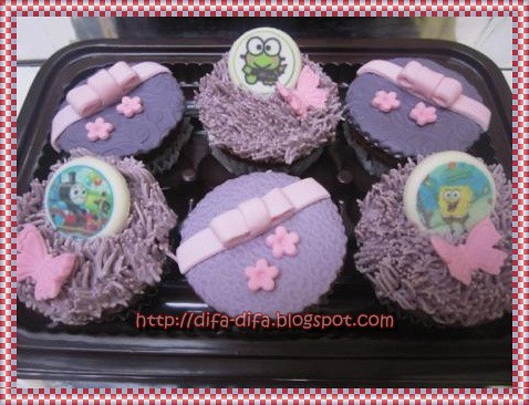 cupcake girly for aisy by DiFa Cakes