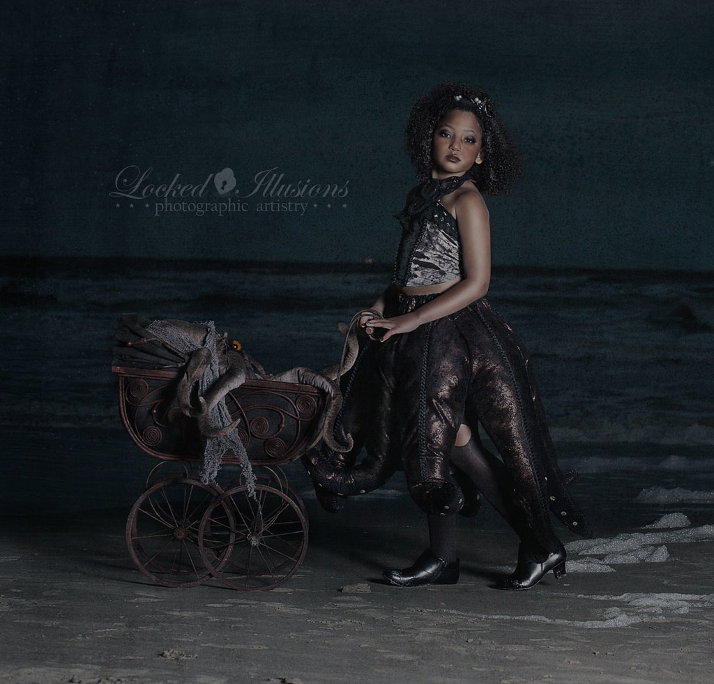 6867582291 0eb707f4d7 b Goth Octopus Girl Dark Child Photography