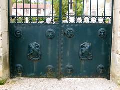 Septmonts (grille d'entrée du cimetière) 6033