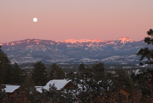 pagosa springs co colorado sanjuan winter evening sunset moon moonrise snow landscape mountain