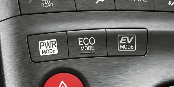 24 Prius Interior